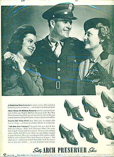 1943 Selby Shoes AD SOLDIER LEAVES FOR DUTY (Image1)