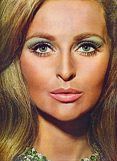1967  Makeup Revlon ad SAMANTHA JONES Model (Image1)