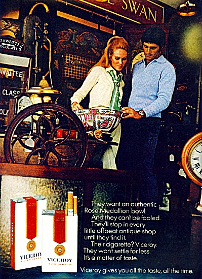 1970 -  Viceroy filter cigarettes ad ROSE MEDALLION BOW (Image1)