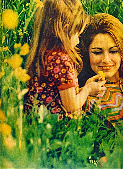 1968 - Miss Clairol shampoo ad (Image1)