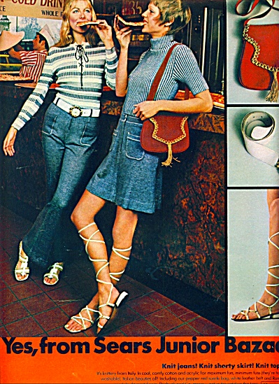 1971 - Sears Junior Bazaar ad BLONDE MODELS (Image1)