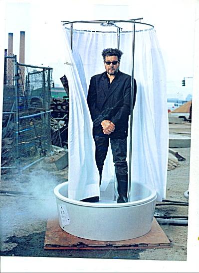 Absolut Vodka AD Philippe Starck (Image1)