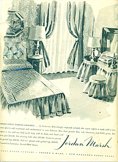 Jordan Marsh bedroom quilts ad 1946 (Image1)