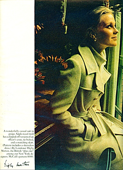 1965 McCalls Pattern Fashion AD Mystery MODEL (Image1)