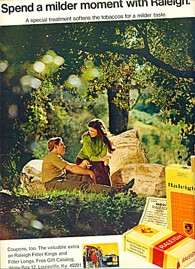 1971 Raleigh Cigarettes Ad Couple In Forest