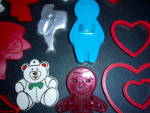 Click to view larger image of Huge LOT 29 Vintage COOKIE CUTTERS - Hallmark - Wilton  (Image2)