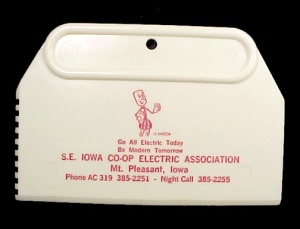 Reddy Kilowatt Ice Scraper Se Iowa Co-op Mt Pleasant