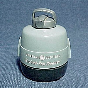 Ge General Electric Vacuum Cleaner Salt Pepper Shaker