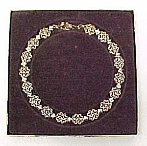 Avon Gold Tone Diamond and Lace 16 inch Choker Necklace (Image1)