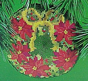 1984 Hallmark Needlepoint Wreath Christmas Ornament Tree (Image1)