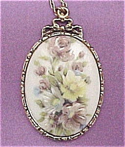 1928 Co Hand Painted Pastel Floral Pendant Necklace (Image1)
