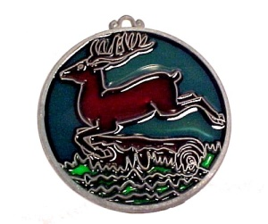 John Deere Sun Catcher Deer 1984 JD Christmas Tree Ornament Advertiser (Image1)