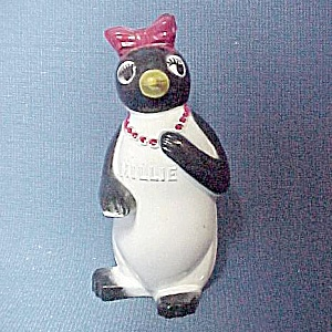 Kool Cigarettes Millie Penguin Salt Pepper Shaker (Image1)