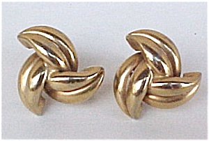 Vintage Goldtone Twining Leaves Screw Earrings (Image1)