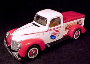 Pepsi Cola 1940 Ford Low Bed Pickup Truck 1:24 Scale NIB (Image1)