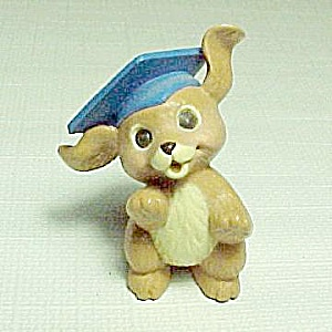 Hallmark Merry Miniature Graduation Dog 1987 Graduate (Image1)
