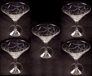 Rhythm Low Sherbet 5 1/4 in Stem 476 Cut 627 Glass by Seneca (Image1)