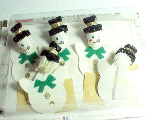 5 Snowman Christmas Package Stickers SS Kresge Crepe Paper Ornaments (Image1)