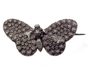 Vintage Sterling Silver BUTTERFLY Pin Hammered Pressed (Image1)