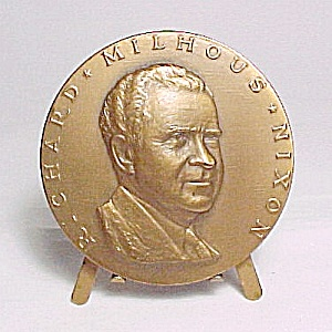 Richard Nixon Commemorative Large Inaugural Coin 1969 by Ralph Menconi (Image1)