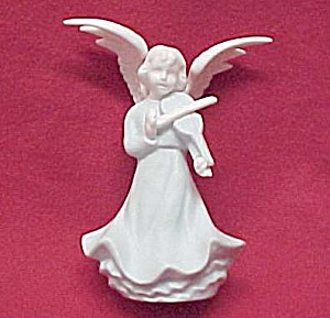 Blue & White 5 in Angel Figurine Playing a Violin Japan (Image1)
