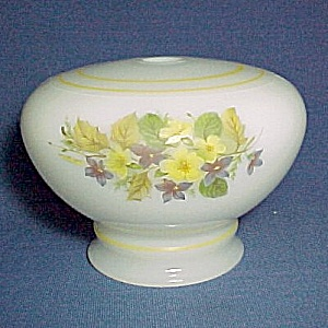 Milk Glass Floral Student Electric Oil Lamp Base Font Vintage (Image1)