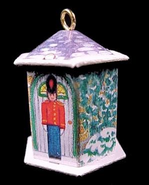 1992 Hallmark Miniature Keepsake Ornament Friendly Tin Soldier  (Image1)