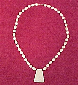 Contemporary Ivory Plastic Bead & Pendant 30in Necklace (Image1)
