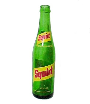 Squirt Soda Pop Beverage 10 Oz Drink Bottle Vintage Green Yellow