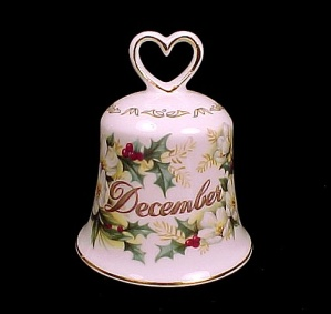 Golden Crown Bone China DECEMBER BELL Holly & Wild Rose (Image1)