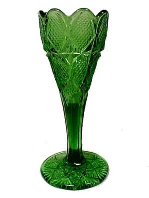 Vintage Green EAPG Pressed Early American Pattern Glass Vase Old Art (Image1)