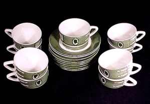 Colonial Homestead Cup & Saucer 1950s Royal China Dinnerware (Image1)