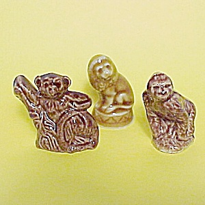 Wade Gorilla Spider Monkey Lion Mini Figurine Rose Tea (Image1)