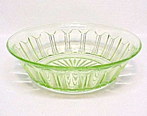 Colonial Green Lrg Berry Bowl Hocking Depression Glass (Image1)