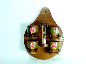Wooden 3 Minute Egg Timer And 4 Cups Hanging Wall Rack Plaque