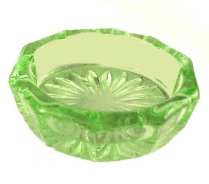Oval Open Salt Dip Cellar Glass Apple Depression Green (Image1)