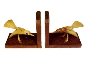Vintage Wood Bone Carved Bird Bookends Sap Sucker Birds (Image1)