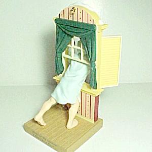 1997 Hallmark Ornament Away to the Window New Nib (Image1)