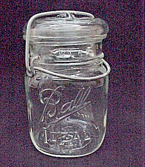 Ball Ideal Square Clear Pint Canning Jar Glass Lid Bail (Image1)