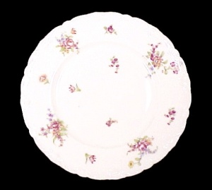 Theodore Haviland Limoges France Dinner Plate Floral (Image1)