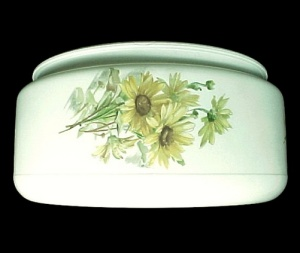 Ceiling Light Shade White Glass Floral Drum Disk 7 3/4 X 4 X 8 1/2 (Image1)