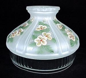 Yellow Buttercups Aladdin Kerosene Oil Lamp Shade Glass 10 in Model 12 (Image1)