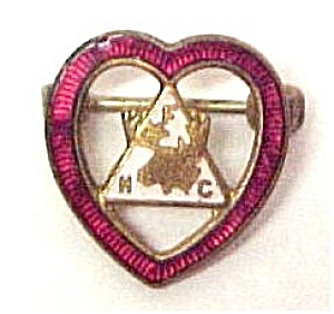 Vntg Loyal Order of MOOSE Heart Enameled Lapel Pin FHC (Image1)