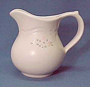 Pfaltzgraff Remembrance Creamer China Dinnerware Mint (Image1)