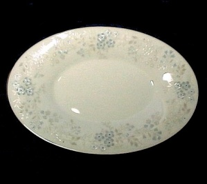 Noritake China Concert Gravy Boat Underplate Tray Plate