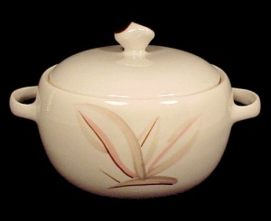Winfield China Dragon Flower Casserole Calif Pottery (Image1)