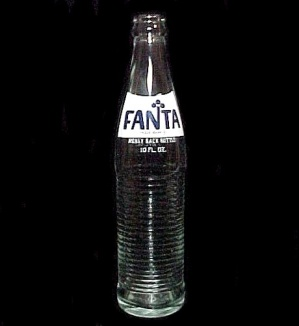 Fanta Beverages Soda Pop Glass 10 Oz Bottle Vintage Collectible