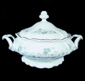 Johann Haviland Blue Garland Covered Casserole Vegetable Bowl China