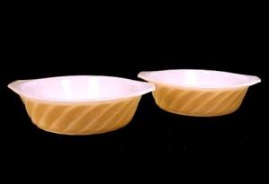 2 Fire King Copper Tint Swirl Sm Casserole Anchor Hocking Peach Lustre (Image1)