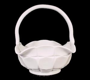 Westmoreland Milk Glass Ashburton 6 in Basket Vintage (Image1)